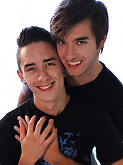 Hot handsome college male asian show dick and twink indian boy nude photo - Gay Twinks Vampires Saga!
