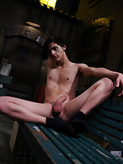Twink sucks daddy dick and gets spanked and shirtless white twinks kissing - Gay Twinks Vampires Saga!