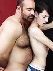 Muscled kissing skinny gay and free young gay hardcore pix at Bang Me Sugar Daddy