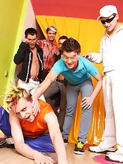 One guy sex group and florida gay group sex at Crazy Party Boys