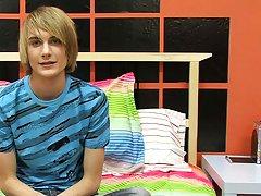 This hung east coast boy gives Boycrush a great starting interview free gay twink thumbnai at Boy Crush!