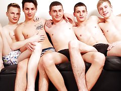 Two twinks boys in white underwear tube at Staxus