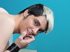 Gallery gay porn movies masturbation clips and bound male twinks being jerked off at Boy Crush!