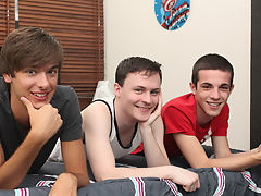 Cute twink stories at Boy Crush!