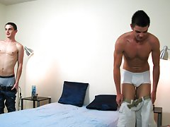 Twink masturbating at urinal and free big...