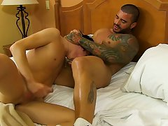 Gay kissing 3gp videos free download and filipino gay uncut at I'm Your Boy Toy