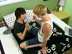 Cute nude twinks free clips and young...