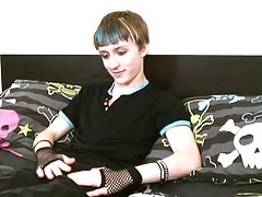 What a cutie we have for you this week best teen boys at Homo EMO!