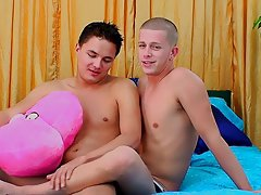Free young guys masturbating tube and very fat man - at Real Gay Couples!