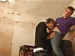 Gay well hung blowjobs and young boys sucking friends dick blowjob