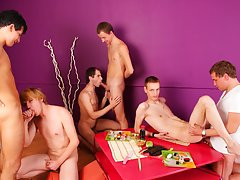 Naked guys in groups and gay muscle men...