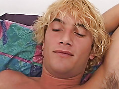I love those surfer boy types, the bleach blond hair, tight chest and hairy well developed legs guys watching porn an