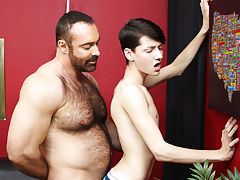 Hot daddy giving enemas twinks and boys...