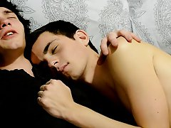 New born vampire Conner Bradley is cuddling with his best friend, Josh Bensan, when things take a sexual turn gay teen twink gallerie - Gay Twinks Vam