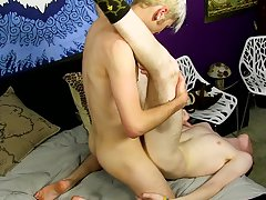 Arab young twinks galleries and boys having sex naked in bed kissing gay boys