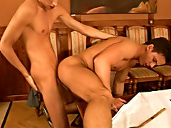 Cut slowly worked his way up to seduce the young chef gay blowjob bed
