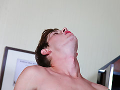 Video porno twinks 1 and sexy black twinks naked at Teach Twinks