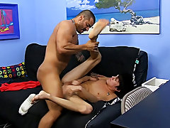 Photos of men cumming in guys arse and making another boy cum at Bang Me Sugar Daddy
