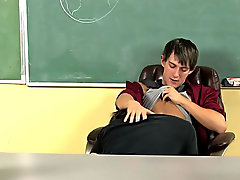 Handicap twinks pic and naked young twinks sucking at Teach Twinks