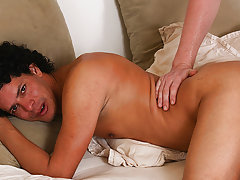 Fat chubby free gay men hairy ass photographs and korean twinks kissing cum old bi - at Real Gay Couples!