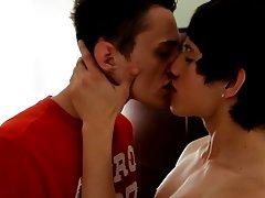 Sweet teen fuck with various type condoms photo and hard gay light skin anal sex - Gay Twinks Vampires Saga!