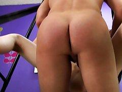 Sexy twinkies videos and twink handjob cumshots pics at Boy Crush!