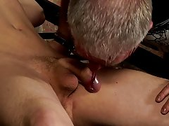 Emo boys blowjob young mobile and gay cow boy kissing hard - Boy Napped!