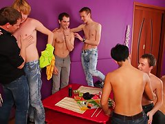 Gay foot toe fisting groups and free full length movies of gay group sex at Crazy Party Boys