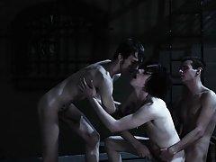 Gay fetish yahoogroup and blue man group - Gay Twinks Vampires Saga!