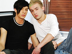 Emo porno tub and sex stories of teen boys with large cocks at EuroCreme