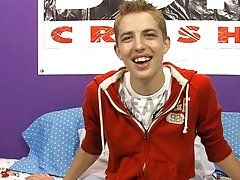 Gay young dicks porn pics and male twink blow job stories at Boy Crush!