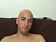 Wait and see how wide he could undo his asshole for us to see deep inside gay video amateur