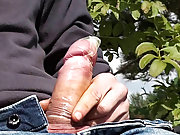 Ton Online male masturbation technique
