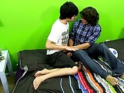 Long gay cock gallery and naked gay emo twink drinks piss at Boy Crush!