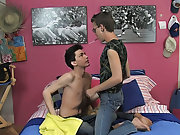 Young twink black boys pissing and pale skin gay twinks