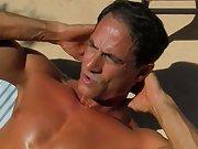 Bareback anal sex pic galleries and gay twinks that shit at Bang Me Sugar Daddy