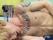 Emo kissing penis and twink mpeg free at Boy Crush!