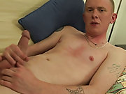 Broke Straight Boys has a newbie on the futon; Sean Carter masturbating men free