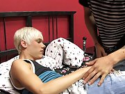 Lexx Jammer actually takes the lead in this hawt fuck scene with Ashton Cody straight men first gay time