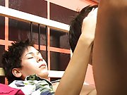 Hung black gay porn pictures and big butt twinks videos at Boy Crush!