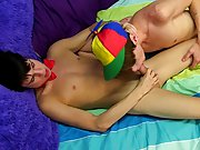 Teen twink video trailers and cute twink sissy pics at Boy Crush!