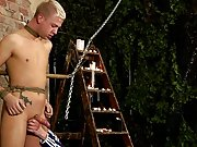 So young emo twinks nude and gay twinks sucking off there straight buds - Boy Napped!