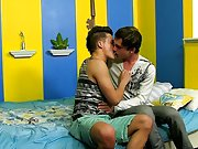 Gay twink rimming and free links gay twink clis at...