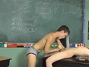 Dustin decides he'll do his best to make poor Damien nervous but Damien is up for the challenge gay sex video twinks at Teach Twinks